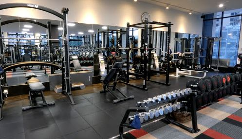 phòng tập gym ở nhật